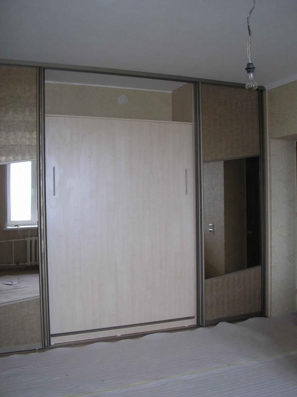 Шкафы купе с кроватью